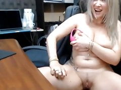 Hot secretary al web show 2