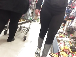 nice bbw in some tights with frontal