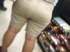 Phat Rump Mature Latin In Khakis