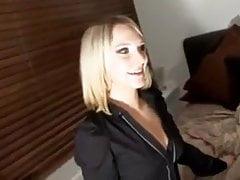 britische blonde geschwärzt