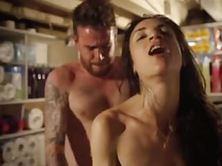 Italian Babes Facials video: Who is this gorgeous actress ?