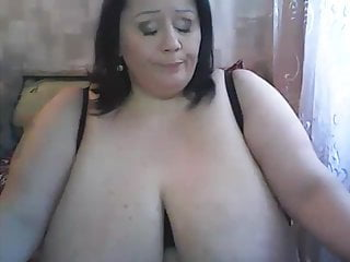 Brunette Mature xxx: BBW Busty model