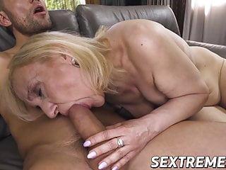 Blowjob Big Cock Mature video: Nympho granny seduces young stud and eats his warm cum