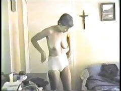 Vintage Frau Donna entkleidet