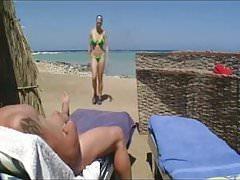 cios na plaży i masturbacja