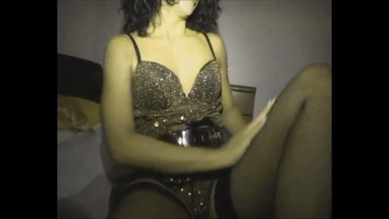 Туалет мастурбация скрытая камера видео
