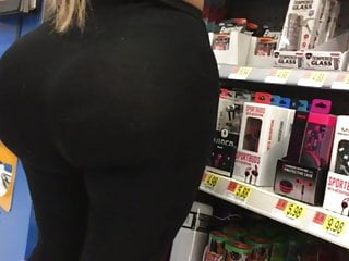 Hidden Cams Voyeur Big Ass video: Phat Ass in line at Walmart