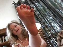 Cum on step-moms feet