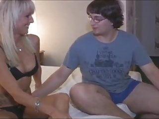 Blowjob Big Tits Milf video: Lucky Nerd Tries To Fuck His First Tattooed MILF