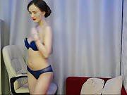 beautiful cam model showing huge longhair