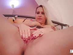Juliapink: Come On Masturbate And Come With Me