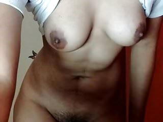 Indian Striptease Homemade video: Hot Desi Girl Showing Boobs n Hairy Pussy