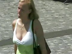 big soft tits boucing in slowmo