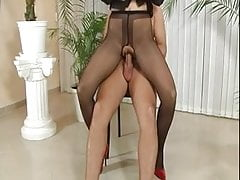 Babes In Pantyhose Getting Licked And Drilled