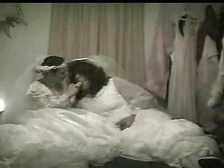 Strapon Femdom Lesbian video: Lesbian Dildo Brides Carolyn & Sexy Desiree Honeymoon Night