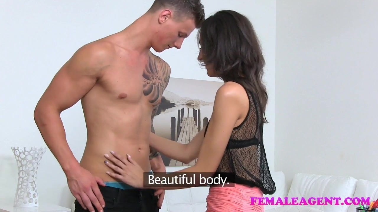 FemaleAgent Studs body gives new agent a wettie