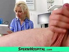 Sperma auf Titten mit MILF Doktor Maya