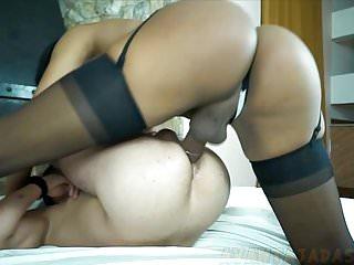 Hd Videos Avantajadas Shemale Ladyboy Shemale video: Namorado de travesti morena  foi chupado e comido