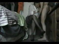 Amatorka oszukuje żonę mocno pieprzona