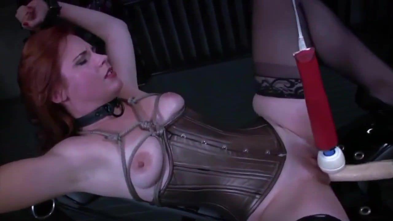 Съемки скрытой камерой девушки мастурбируют