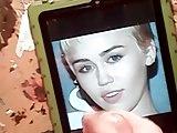 Miley Cyrus gets my nut