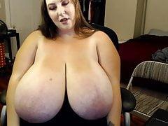 Énorme boob joi 6