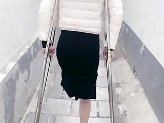 amputee whore on crutches