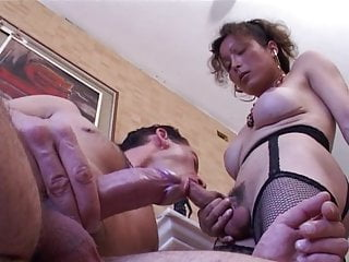 is a doing great Arianna blowjob Shemale