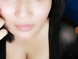 Big Tits Webcam Malaysian vid: Busty malay live bigo