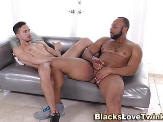سکس گی Latino rides black cock and sucks interracial  hd videos gay suck (gay) gay latino (gay) gay cumshots (gay) gay cumshot (gay) gay cock (gay) black gay (gay) black  amateur  60 fps (gay)