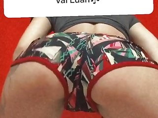 My cousin masturbating part 1...