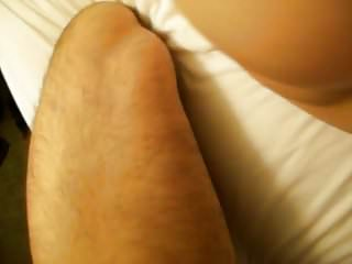 Beautiful cumshot on 039 back and ass...