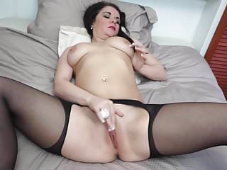 Mothers In Stockings Wanna Fuck