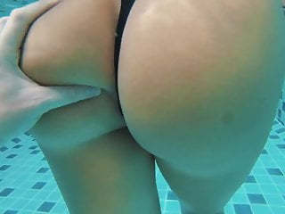 Horny armenian girl swimming pool booty kavkaz slut...