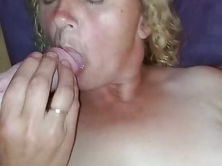 And i 039 m sucking a dick...