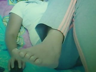 Footjob Webcam Granny video: Have a nice granny (goes wild) today Foot