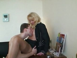 in need of sex old lady