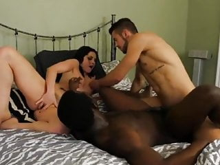 Bisexual Threesome Interracial video: Bisexual Threesome