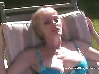 Fun vintage granny...