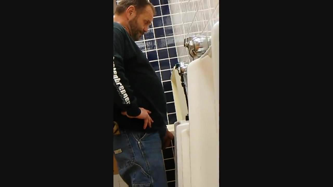 amateur gay mature urinal play