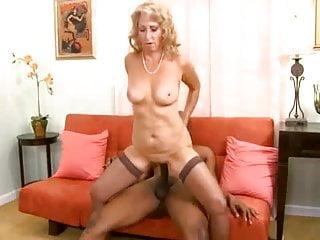 Mature Granny Cumshot video: Hot Granny Anal BBC