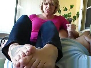 Brianna foot smelling Handjob