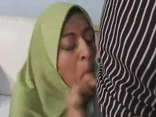 ARAB Muslim HIJAB Turbanli Girl FUCK 4 - NV