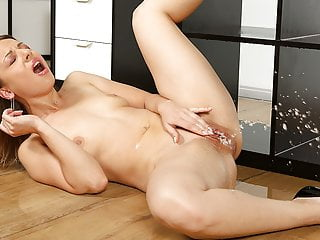 Lilith sweet fingering pussy...