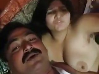 hubby recording his naked lover