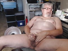 fatcock masturbates nude and ejaculatesPorn Videos