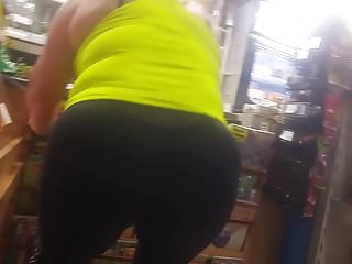 Extra hot chubby mature boss in shop