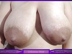 Busty Latina Dariya sucks big nipple and squirts milk