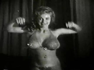 Virginia Bell - Seductive Jazzy Burlesque Tease