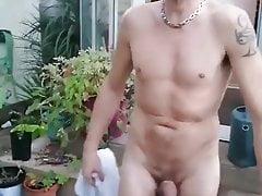 pissen im gartenPorn Videos